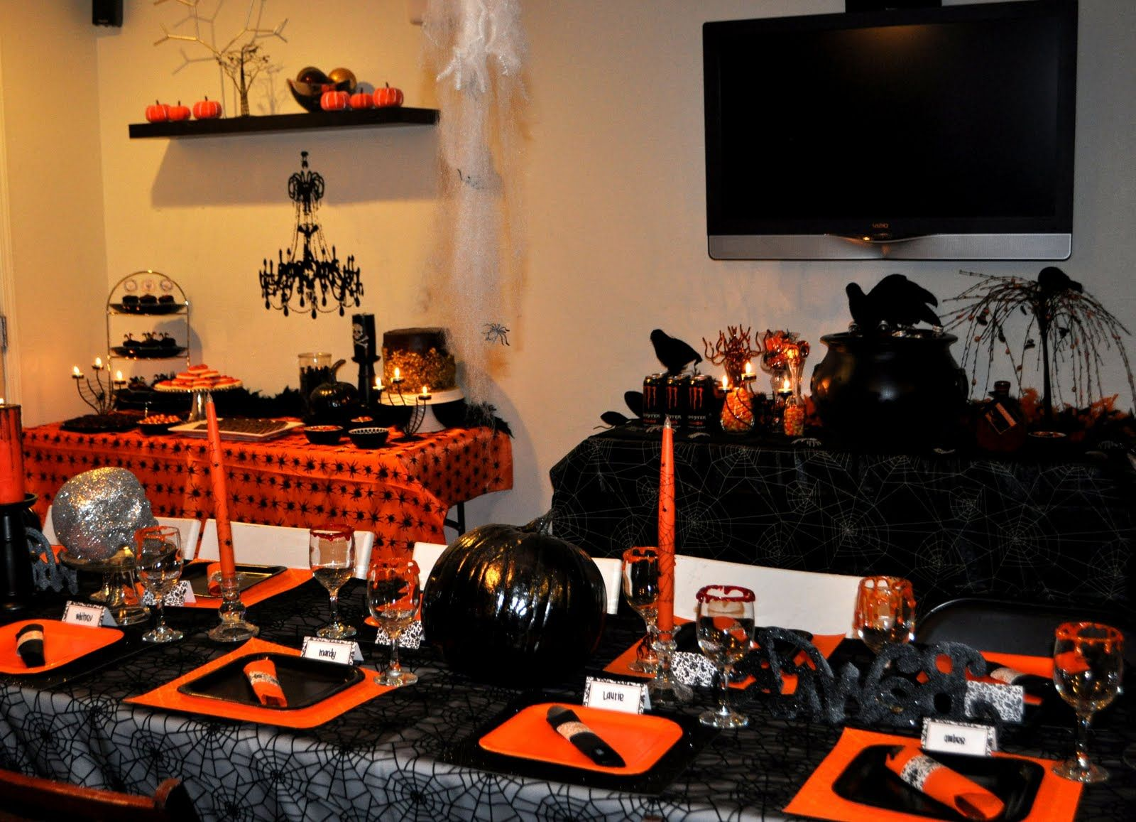 Halloween Dinner Party~ scary movies in background, play games ...