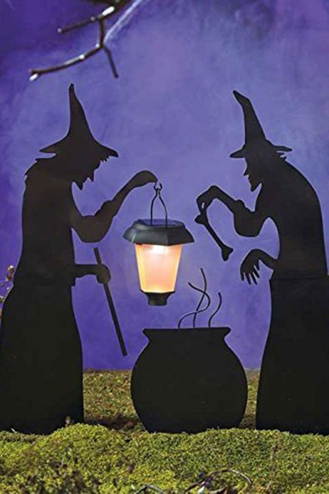59 Best Outdoor Halloween Decorations To Spellbind Every Trick Or