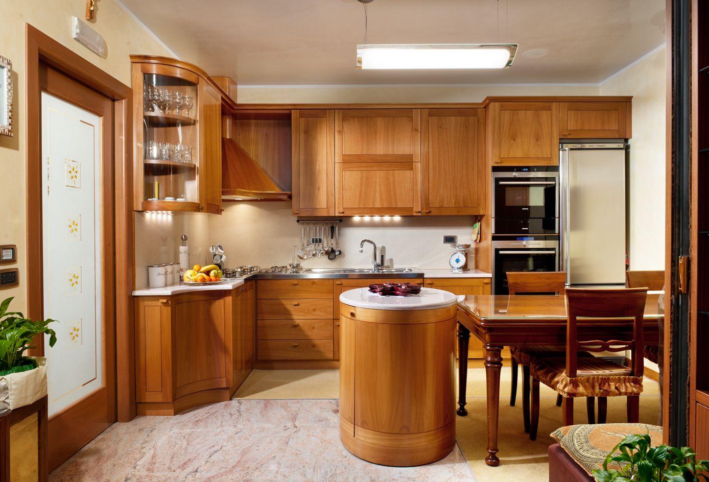 Cucina Ciliegio E Panna mobili in ciliegio chiaro