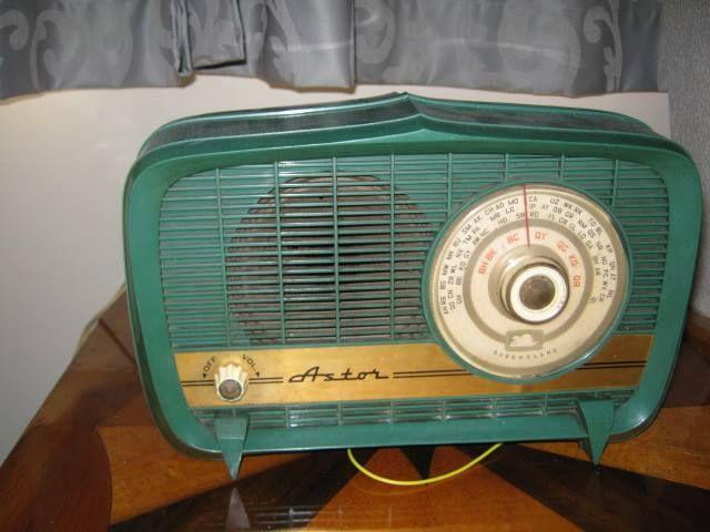 Astor Radio Old things, Retro, Home appliances