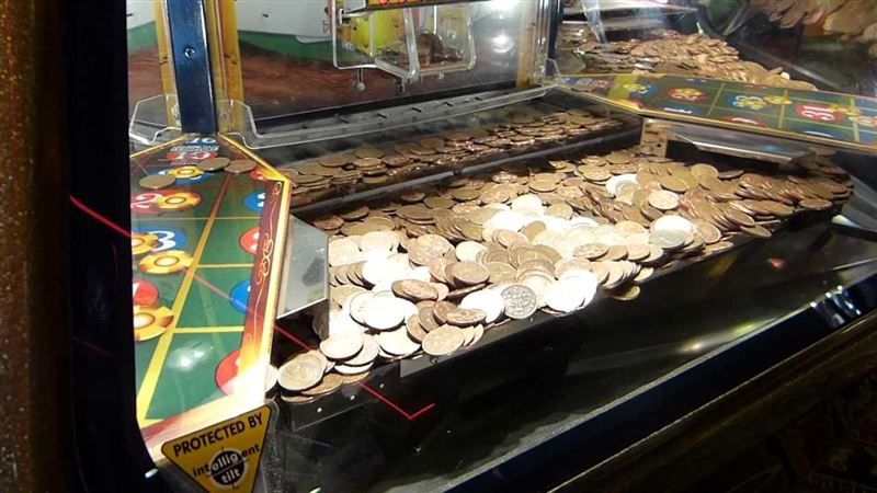 coin pusher machine fair ground - Google Search | Push penny