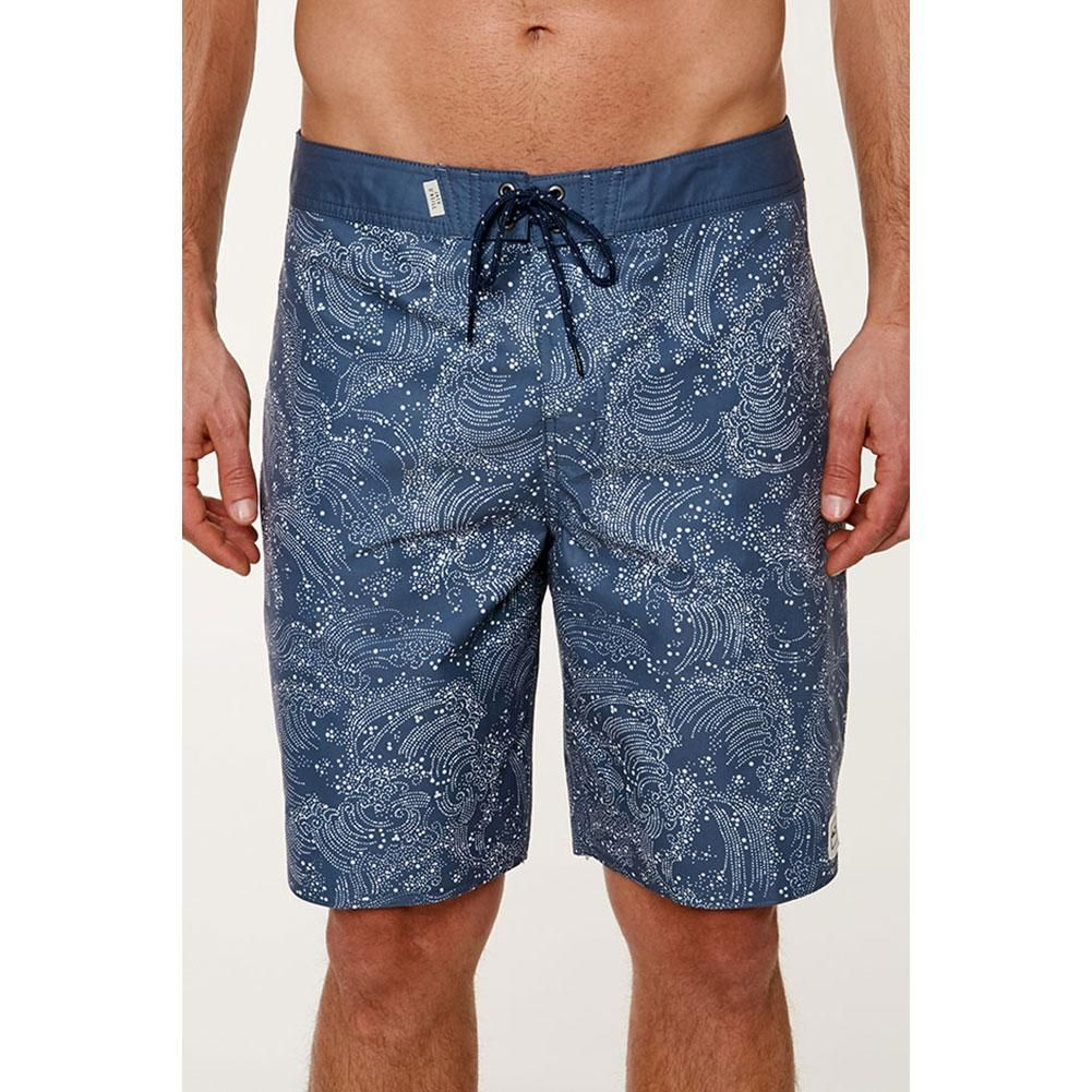 020f55a421 Patagonia Scallop Hem Stretch Wavefarer Boardshorts 18 Inch Men's | In the  Swim of Things | Scalloped hem, Mens boardshorts, Patagonia