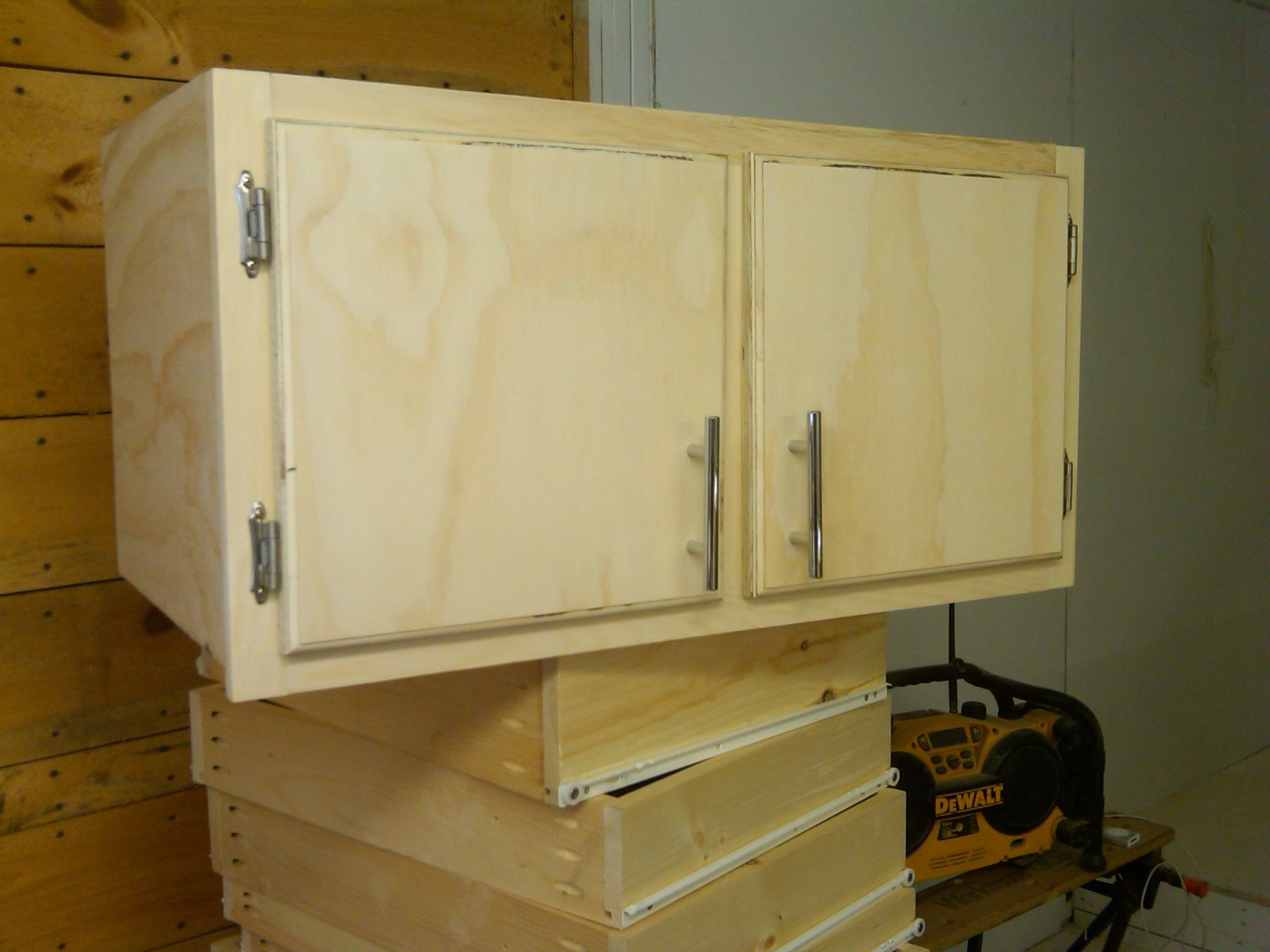 New cabinets for my workshop 39 s tool crib kreg jig for Build kitchen cabinets with kreg