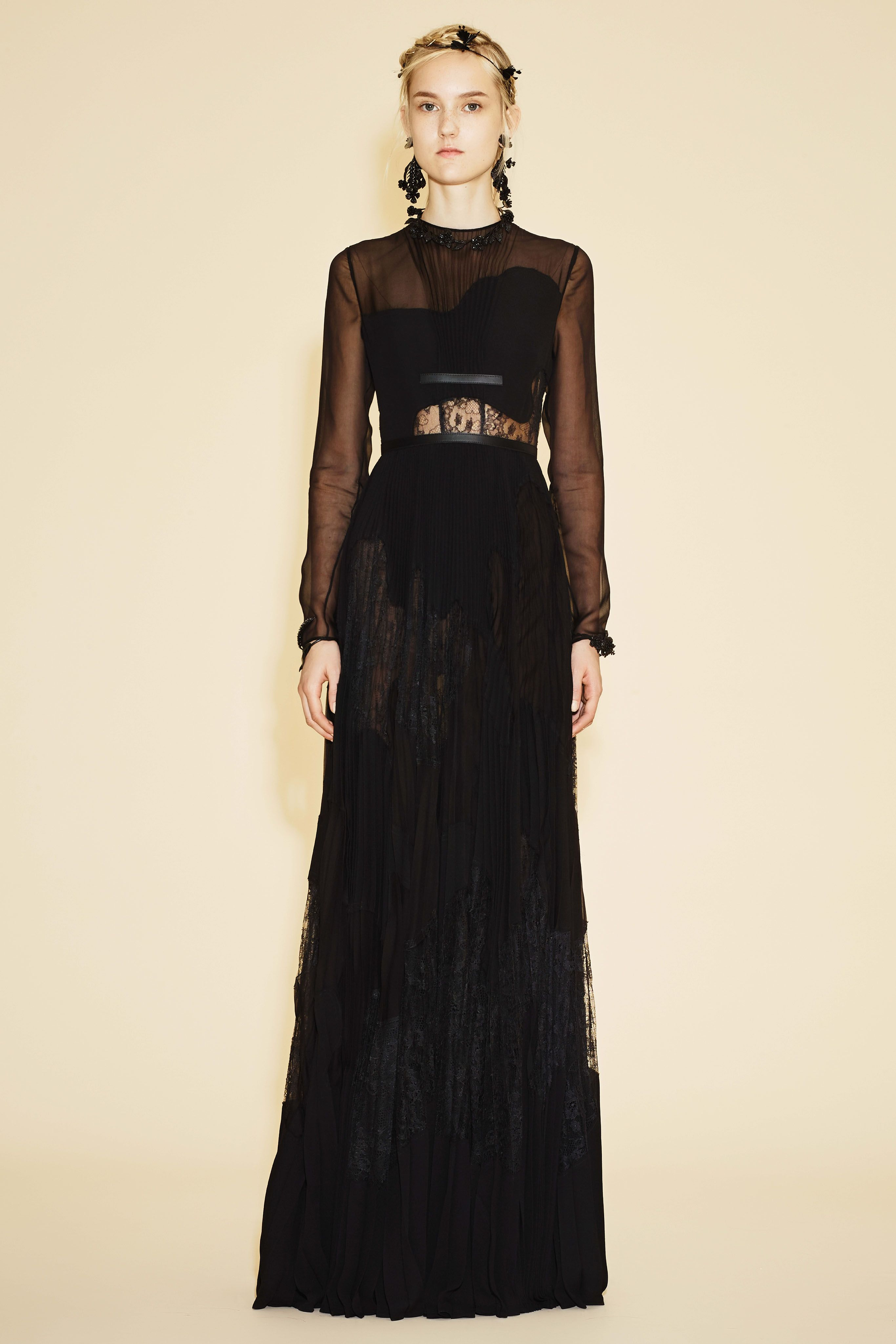 4249358a5 Valentino Online Boutique US  apparel and accessories