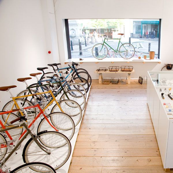Bianchi Opens New Pop Up Bike Shop In Munich Fiets Cafe