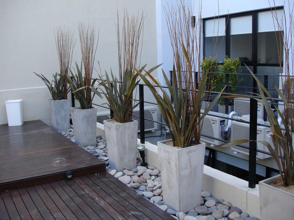 Jardineras exterior jardin pinterest jardineras for Jardineras para interiores