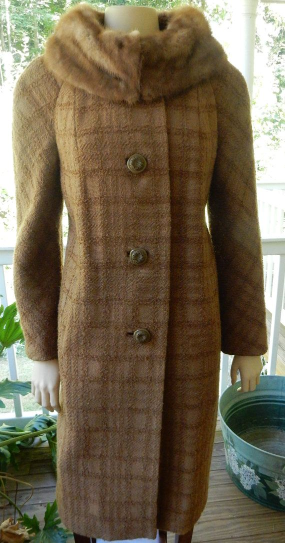 Vintage Coat - Wool Coat - Mink Collar - Fur Collar Coat - 1950s Fashion - Vintage Fashion - Rockabilly Fashion - Gift For Her - Winter Coat