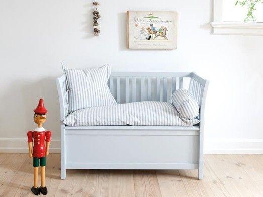 banc coffre de rangement pour enfant gain de place pour cette banquette avec coffre jouets. Black Bedroom Furniture Sets. Home Design Ideas