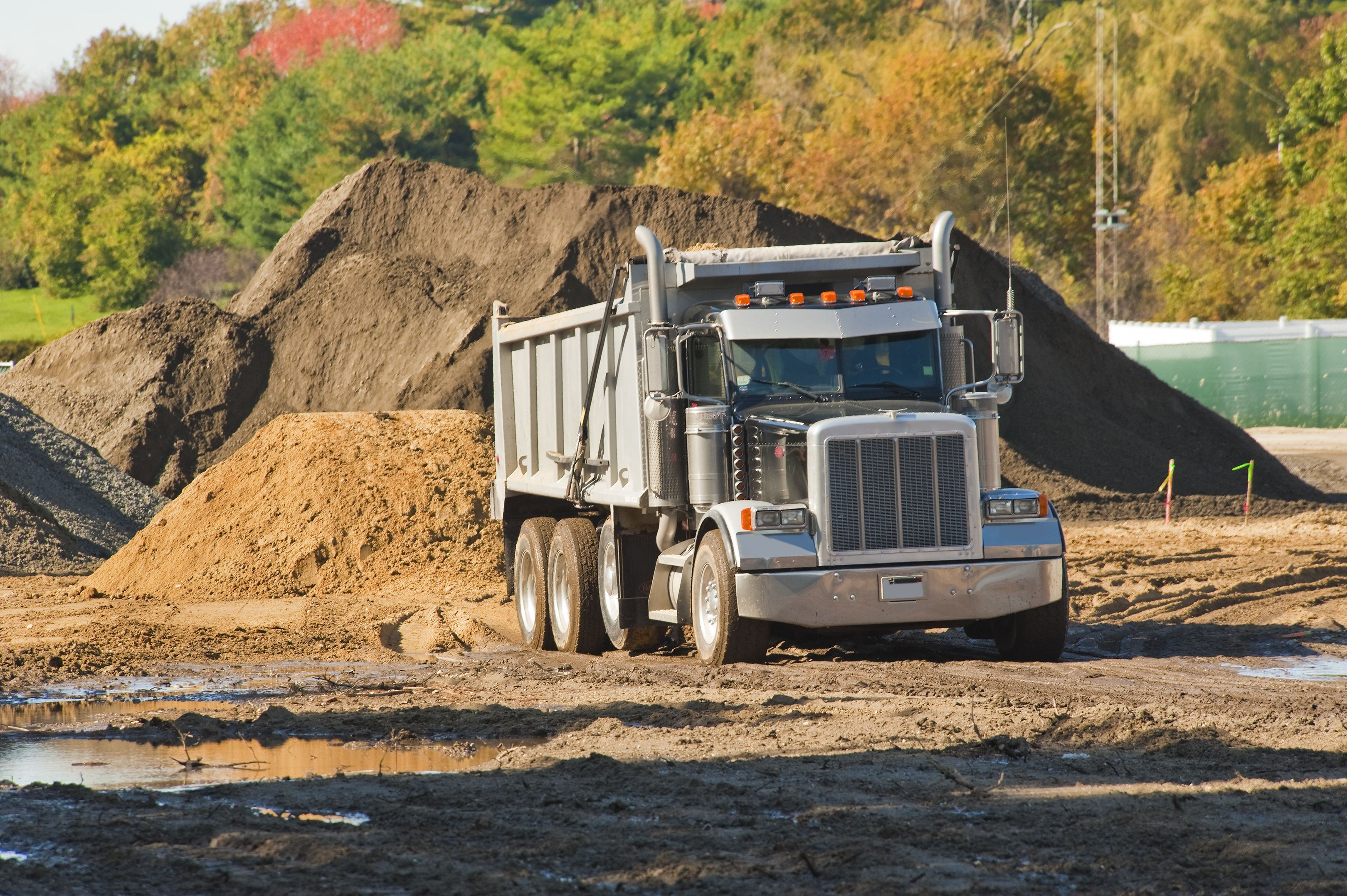 Aggregate trucking software is helping trucking businesses