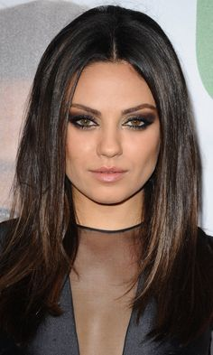 Long Haircut Mila Kunis S Sleek Straight Do Is Great For Mid Length Hair 2012 Mobile Best Stuff Long Hair Styles Hair Styles Mid Length Hair