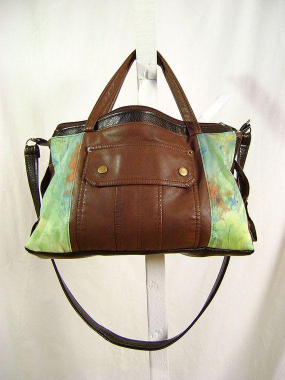 Sacoche en faux cuir brun et noir avec motif tacheté par Emillye