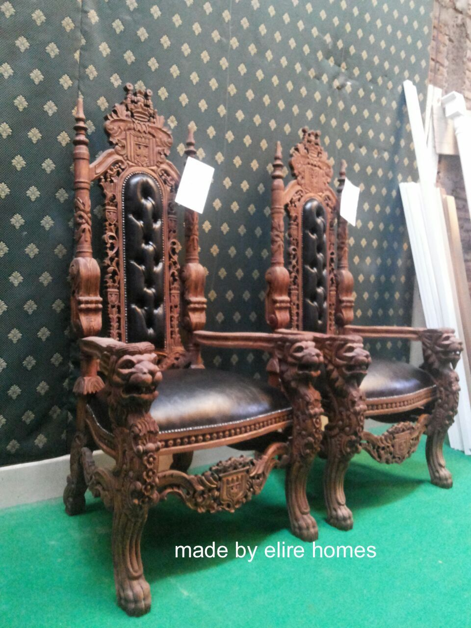 Wood swivel desk chair laquered finish warms amp padded seat ebay - Lion King Throne Chair Antique Mahogany Dark Wood Tone With Faux Leather