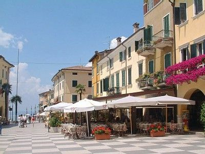 Lazise, Italia: Can't wait until I get to go here!