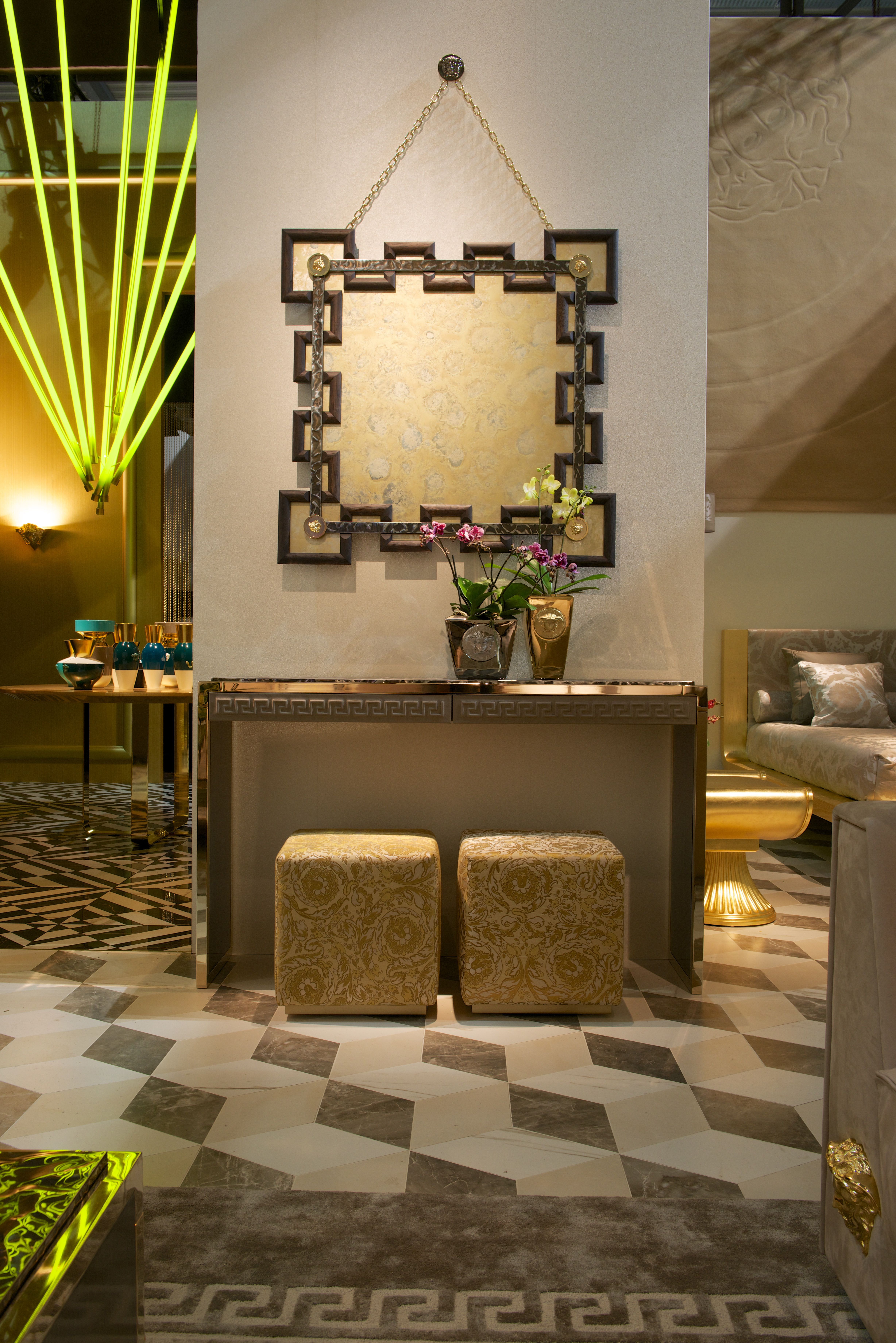From the brand new Via Gesù collection from the Versace Home ...