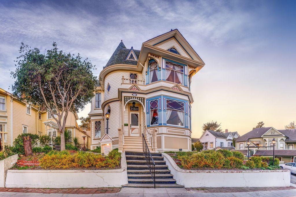 California Monterey County Pacific Grove Hart