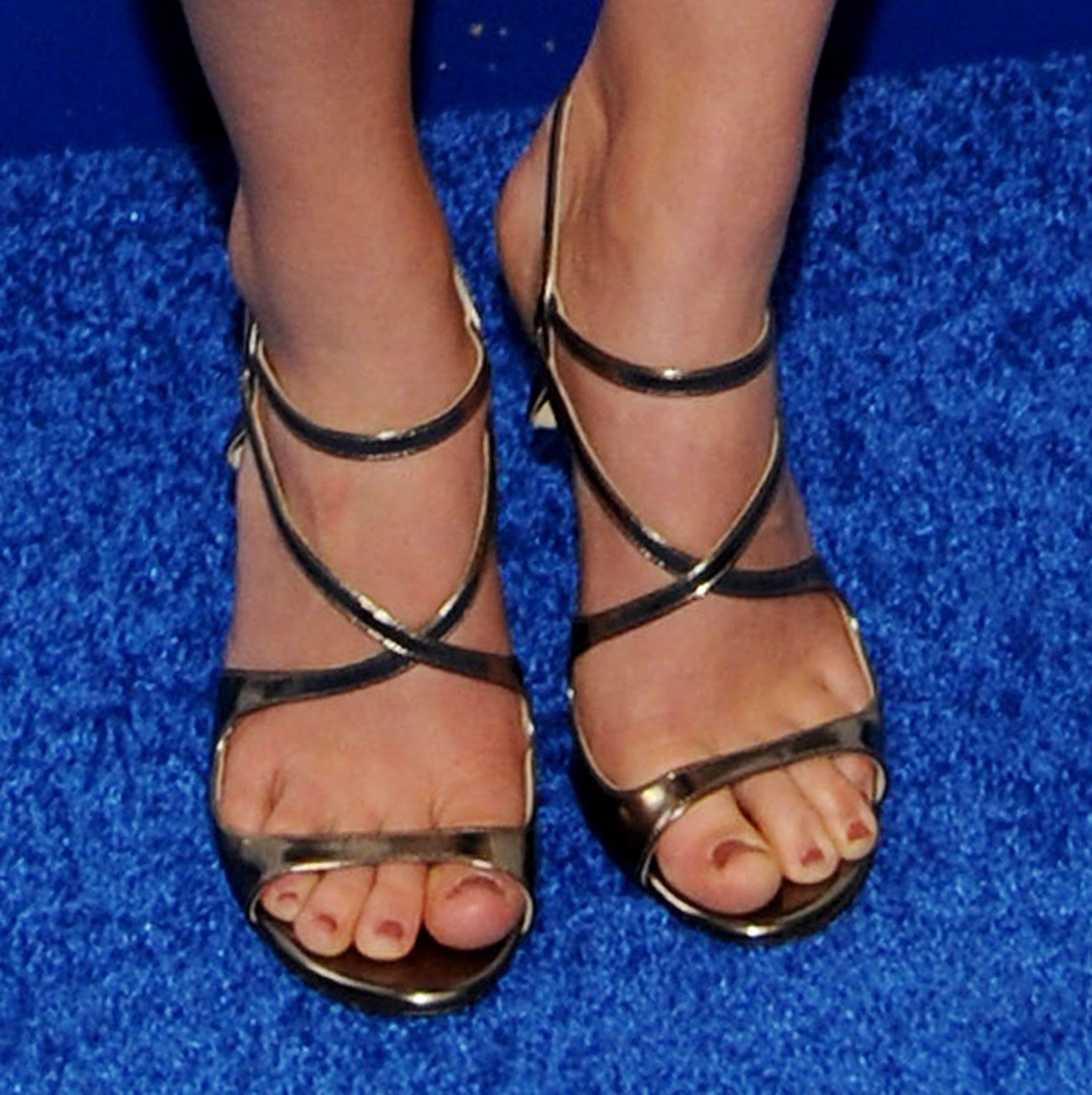 AnnaSophia-Robb-Feet-1359727.jpg (2400×2407)   Stopy ...