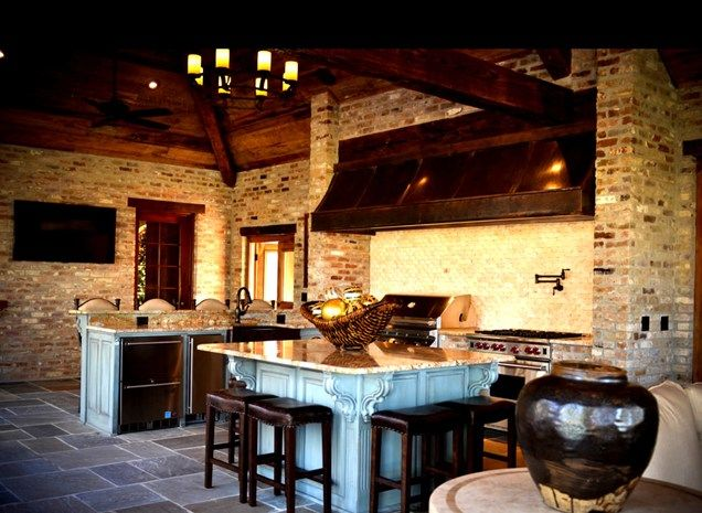 Luxury Screened Outdoor Kitchen Outdoor Kitchen Angelo S Lawn Scape Of Louisiana Inc Baton Rouge Luxury Outdoor Kitchen Outdoor Kitchen Outdoor Kitchen Design