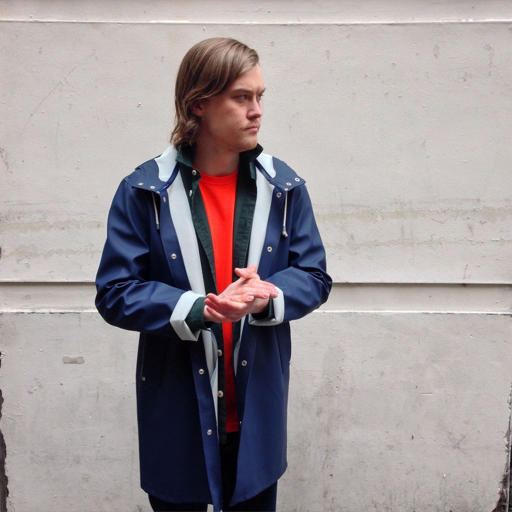 super halpa myynti verkossa superlaatu Chris wears; Stutterheim Stockholm Jacket in Navy, Folk Hush ...