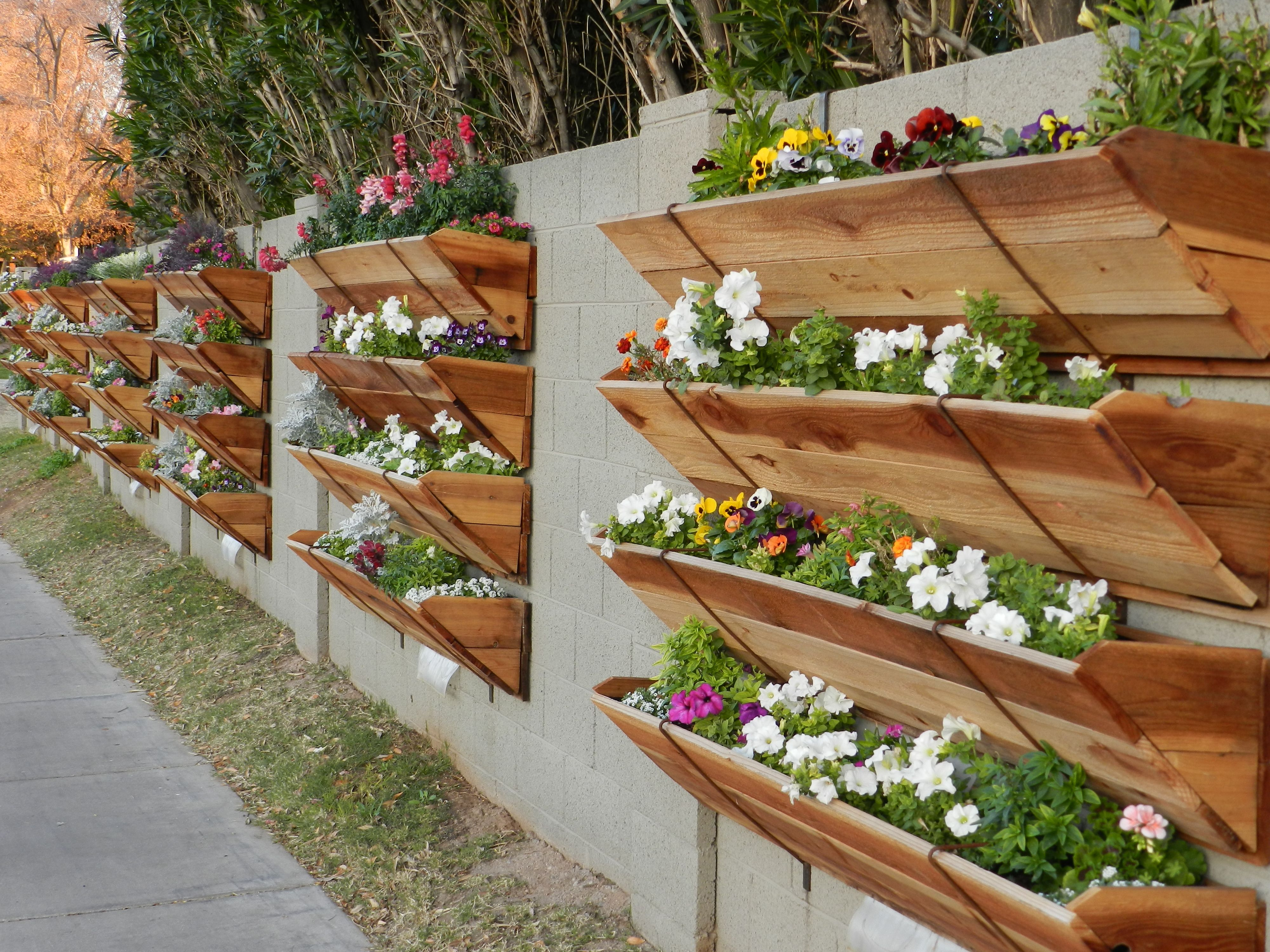 Flower Street Urban Gardens....need these in my backyard! | diy and ...