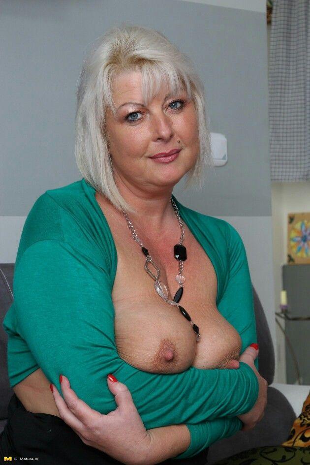 huge mature nipples - sex archive