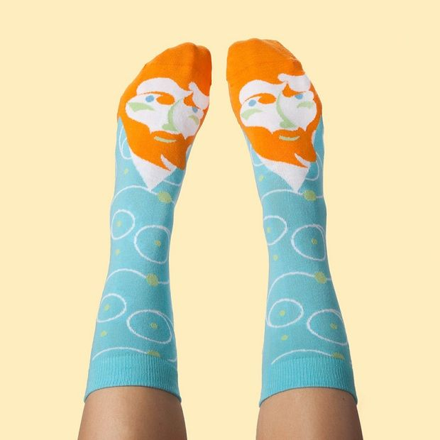 Frida Callus ou Feetasso? Marca cria meias diverti