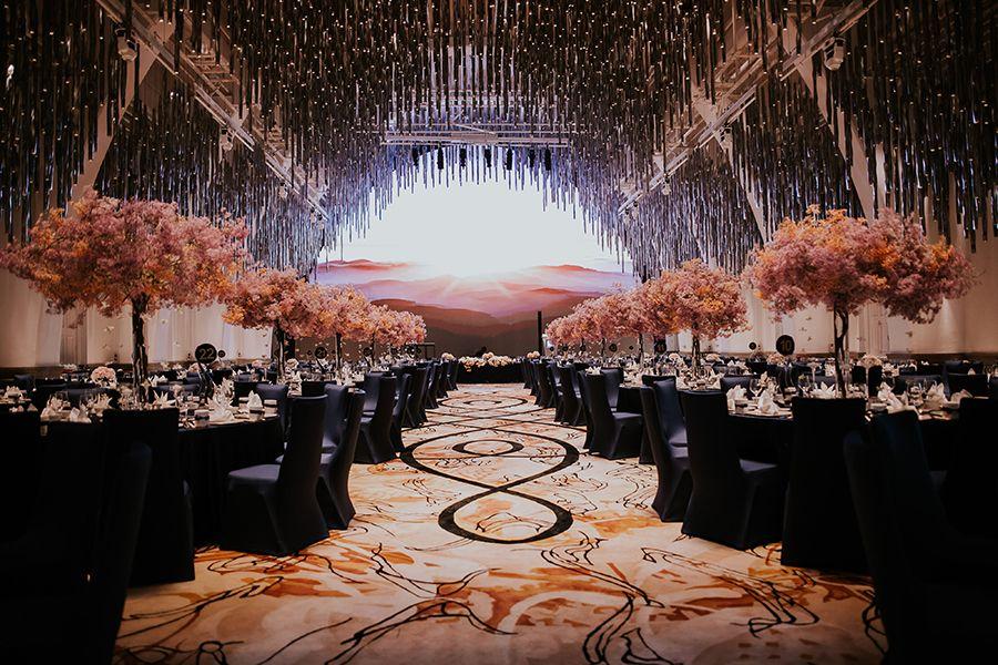 Starry Starry Night Joshua And Cheryl S Ballroom Wedding At Jw