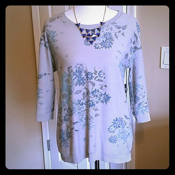 3/4 Sleeve Top 3/4 Sleeve Top.  Dress it up or down!  Slight picking, see last photo.  No trades.  All reasonable offers are welcomed!  Necklace sold separately. Sonoma Tops Tees - Long Sleeve