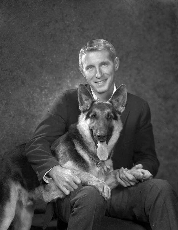 When Dogs Look Like Their People Vintage Dog German Shepherd Dogs