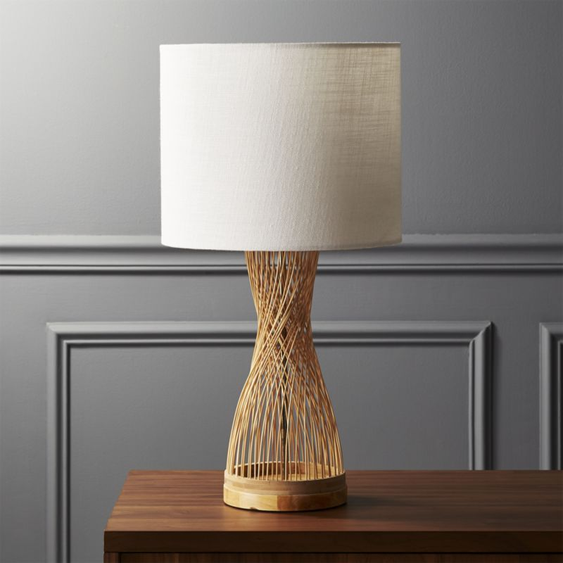 Shop Rattan Table Lamp Woven At An Angle Natural Fibers Form Lamp With Down To Earth Style Tapered Center C Modern Table Lamp Natural Table Lamps Table Lamp
