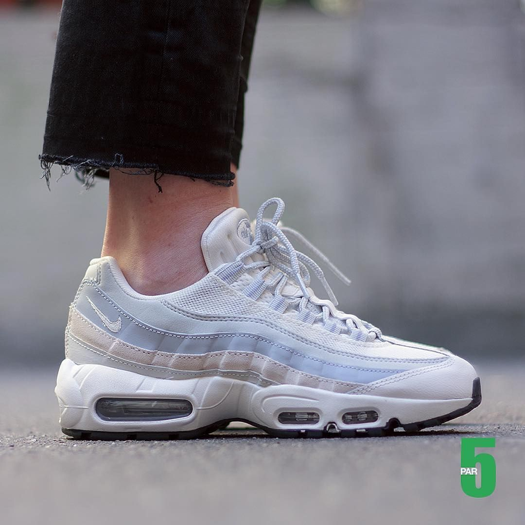 low priced a611f a10fa Speakers femme - Nike Air Max 95 Essential (©par5milano)