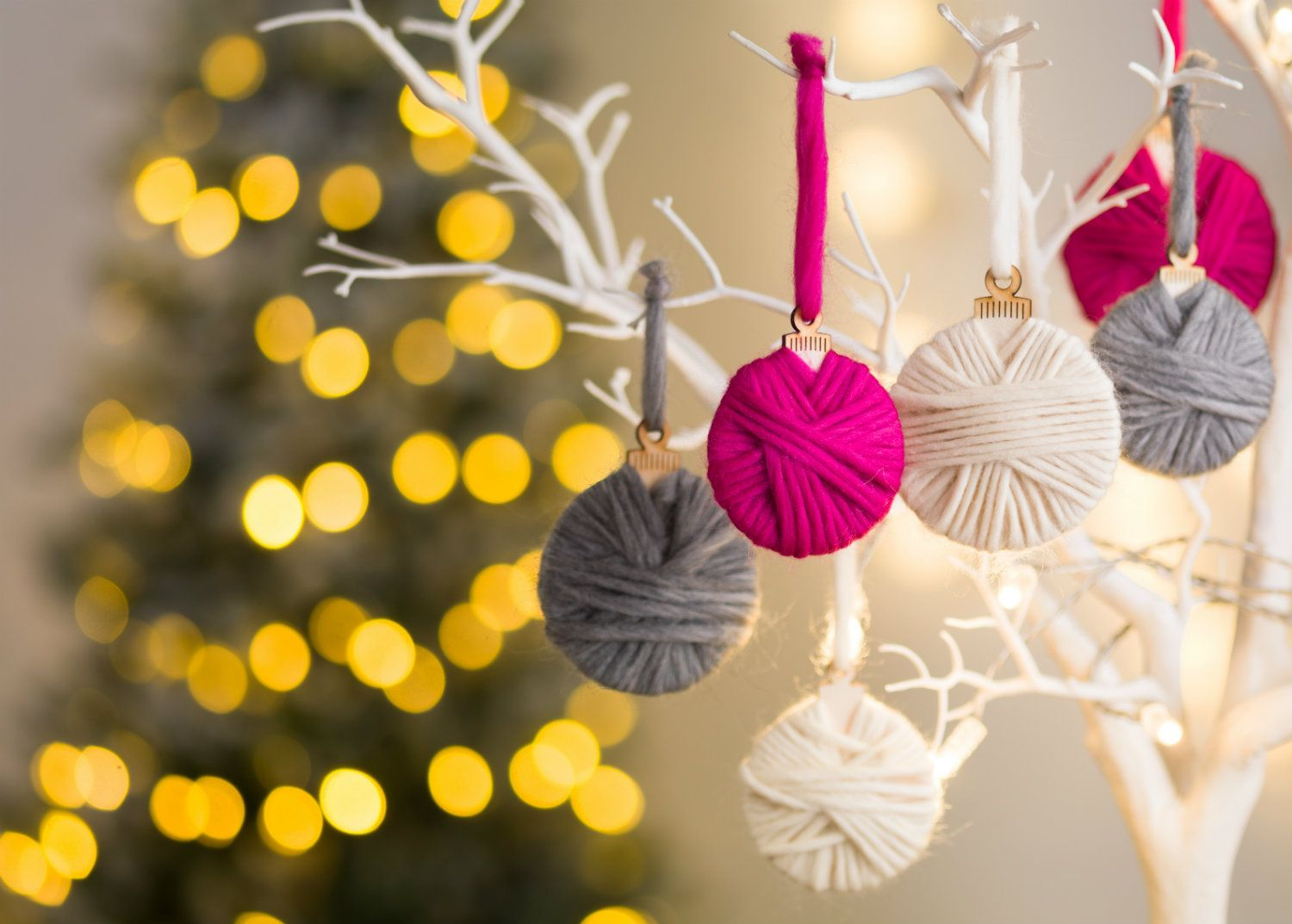 Weaving baubles: a selection of sites