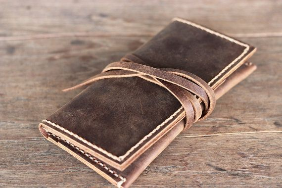 Bought a new handmade iPhone wallet case today. Made by JooJoobs.