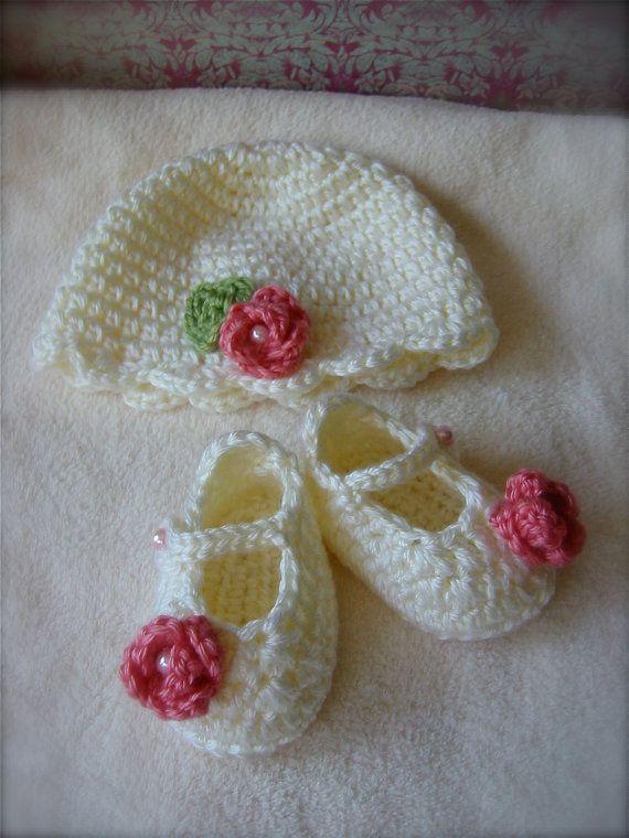 Newborn Gift Set Rose Hat and Booties by mermaiddesignsstore, $26.00 ...