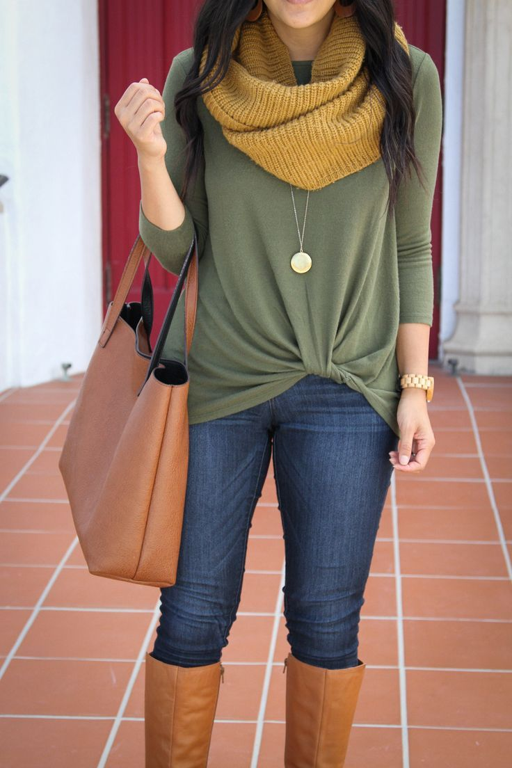 comfy tops for cute comfortable casual fall outfits