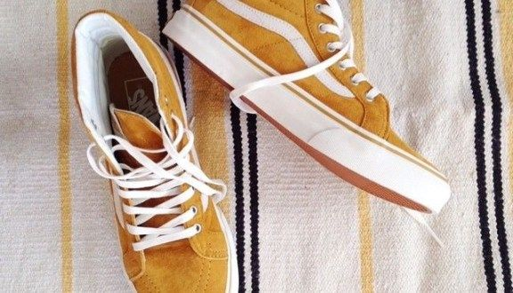 9c948130ed Vans High Top yellow mustard➕white logo.