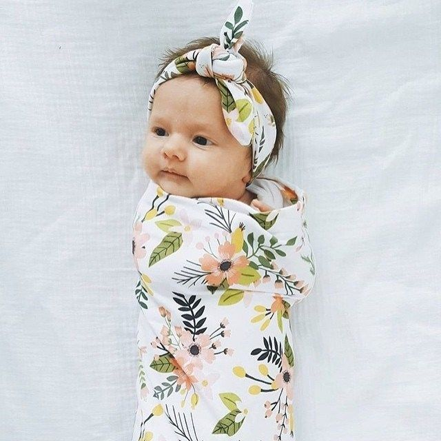 Footed Pants Girl Swaddle Newborn Outfit Set Baby Hat Beanie Swaddle Set Bright Blue Floral Swaddle Blanket Take Home Outfit