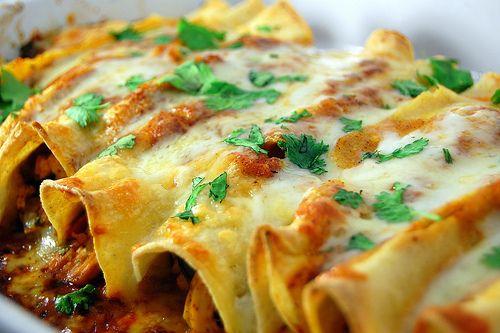 Chicken enchiladas- they look so yummy and cheesy