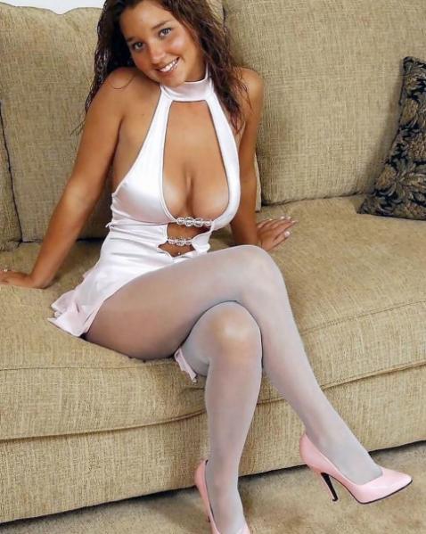 foto de Épinglé sur crossed legs