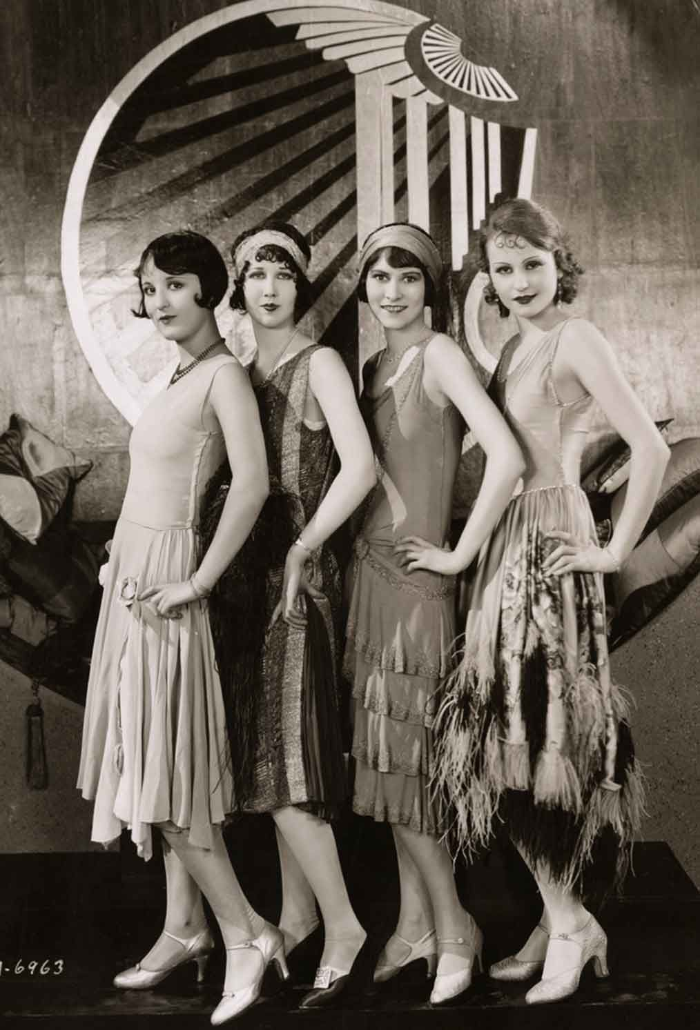 History of Women's Fashion, 1920-1929