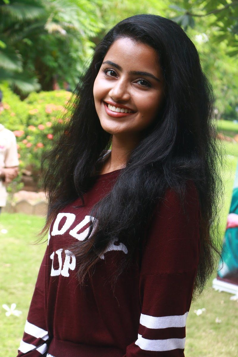 malayalam beauty anupama parameswaran's latest photos | | character