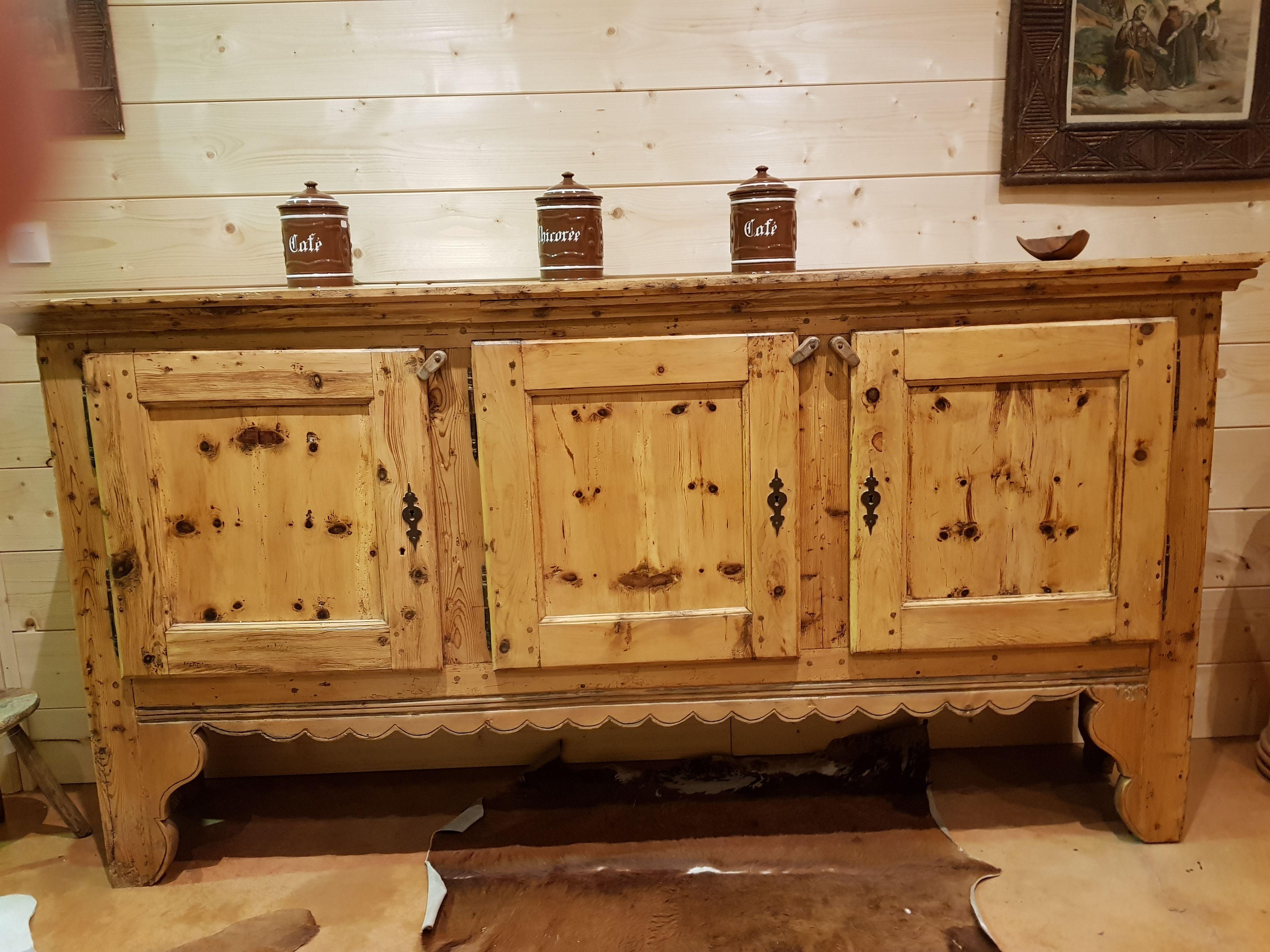 meuble bas ancien savoyard antiquite