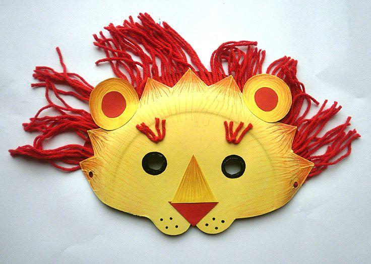 masque lion masque r alis avec 2 assiettes en carton. Black Bedroom Furniture Sets. Home Design Ideas