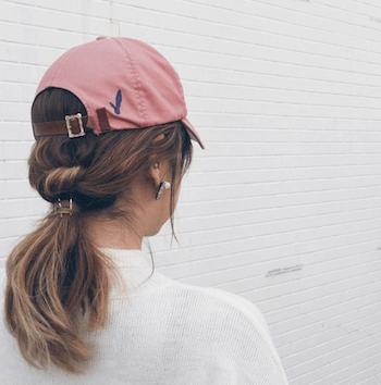 キャップに合う髪型 可愛いオシャレなヘアアレンジのやり方も紹介し