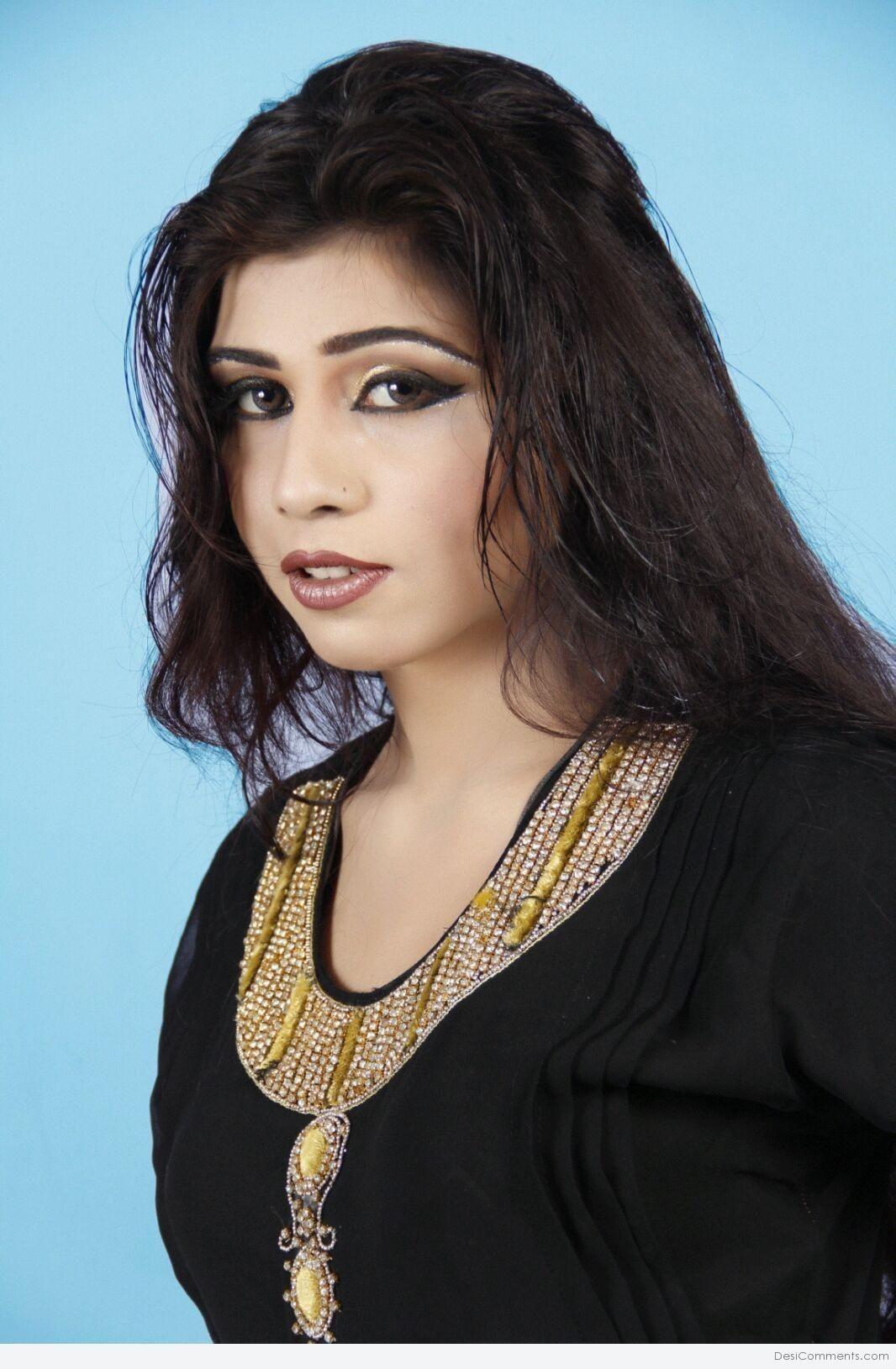 Cute Girl Pics For Facebook And Whatsapp Desi Indian Cute Girls