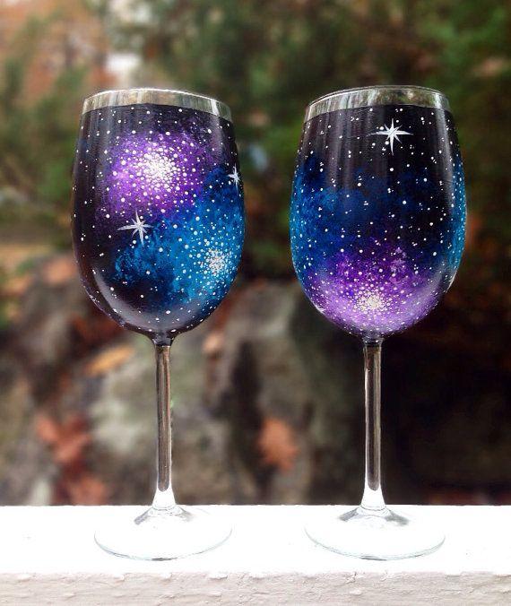 Main peint galaxie vin verres (lot de 2) (With images