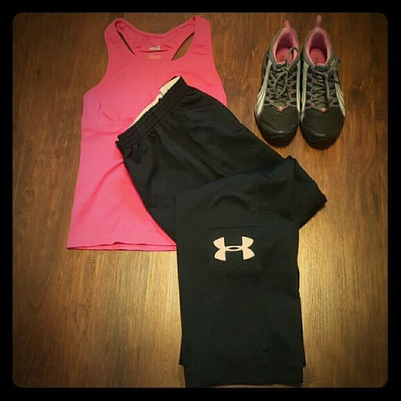 """Under Armour All Season Pants Under armour semi fitted. Inseam 31""""   Sneakers not included.  AVIA racer tank available in separate listing $14/2 Under Armour Pants Track Pants & Joggers"""