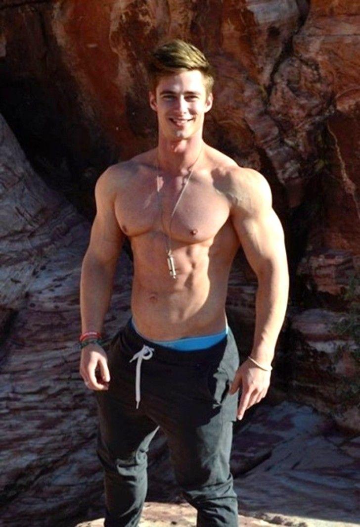 gay muscle cock vids