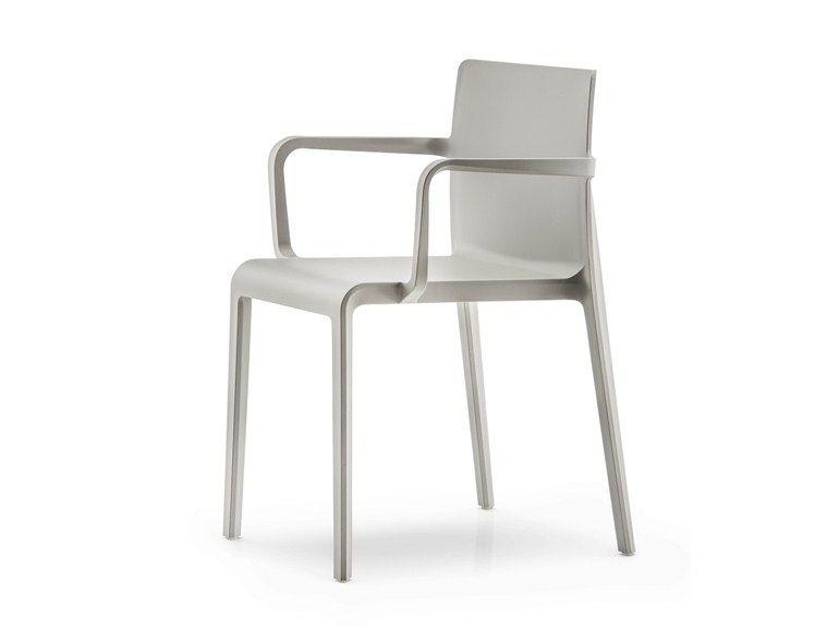 La chaise Volt 670 - Pedrali | La chaise Volt de Pedrali | Pinterest