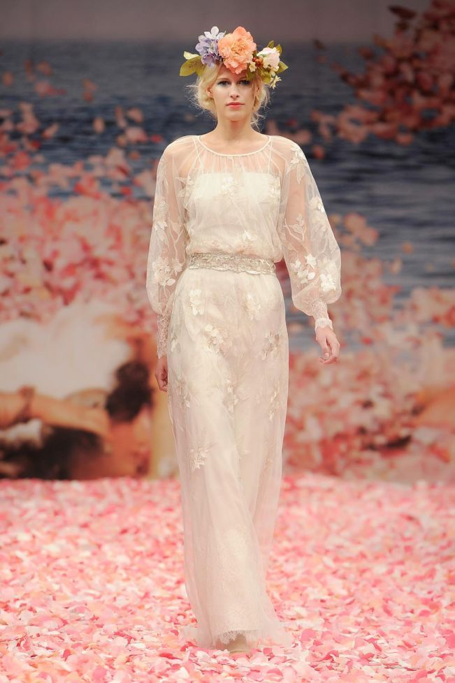 Brides of Summer - She's In Vogue