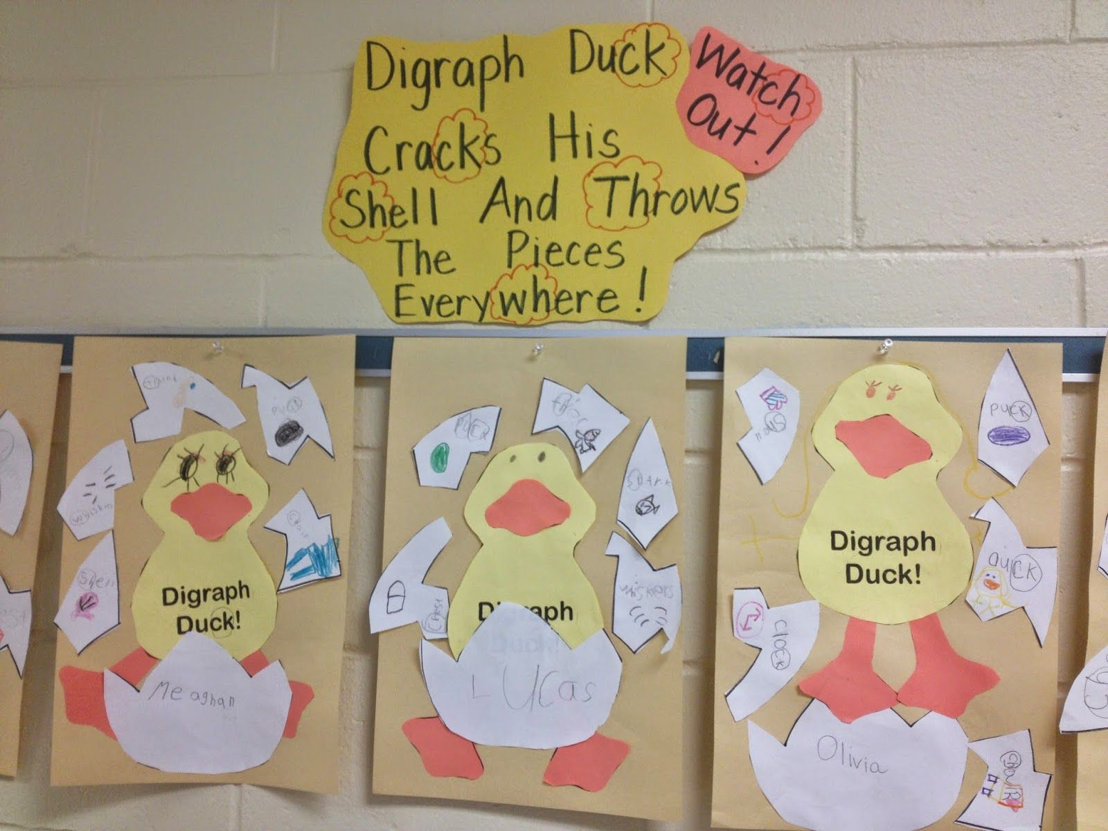 Digraph Duck Is Cracking From His Shell